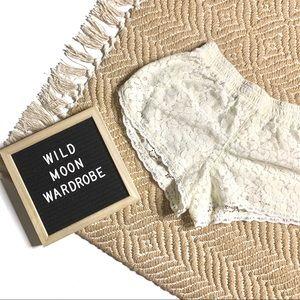 ARITZIA TALULA | Maywood Lace Pull On Shorts